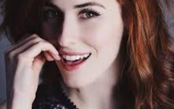 Diana Del Bufalo: seno rifatto o no?