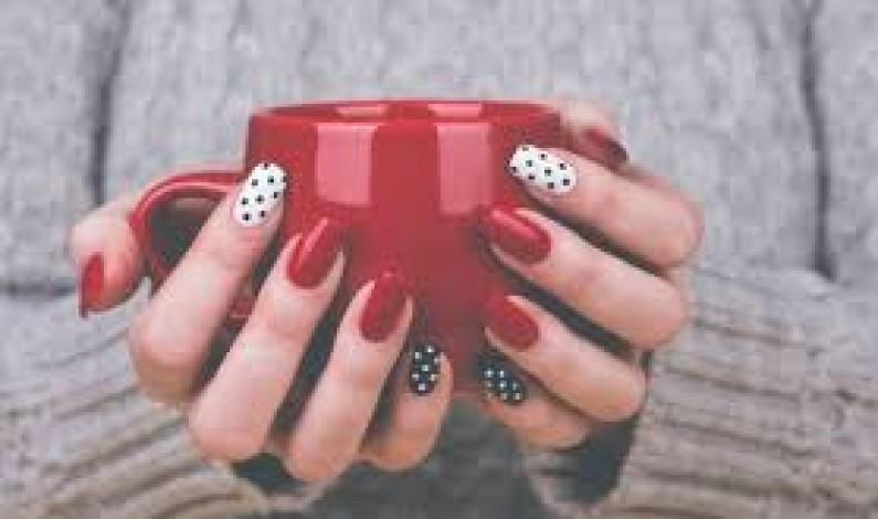 Nail art facile: idee semplici per una manicure invidiabile