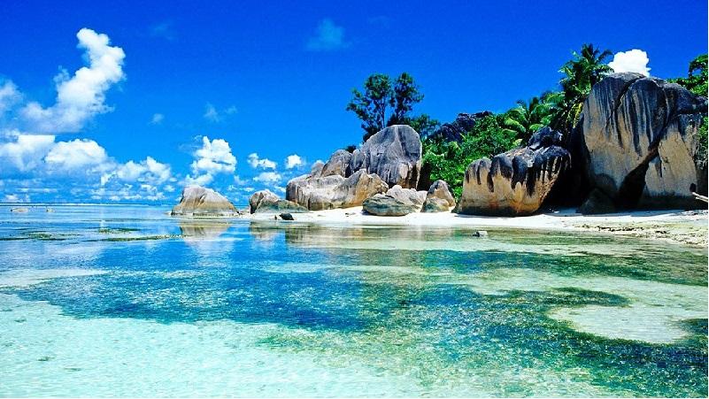 Alle Seychelles il clima è sempre caldo, anche se non raggiunge mai punte troppo alte, né troppo basse